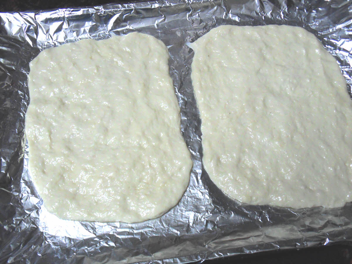 पिज़्ज़ा बेस